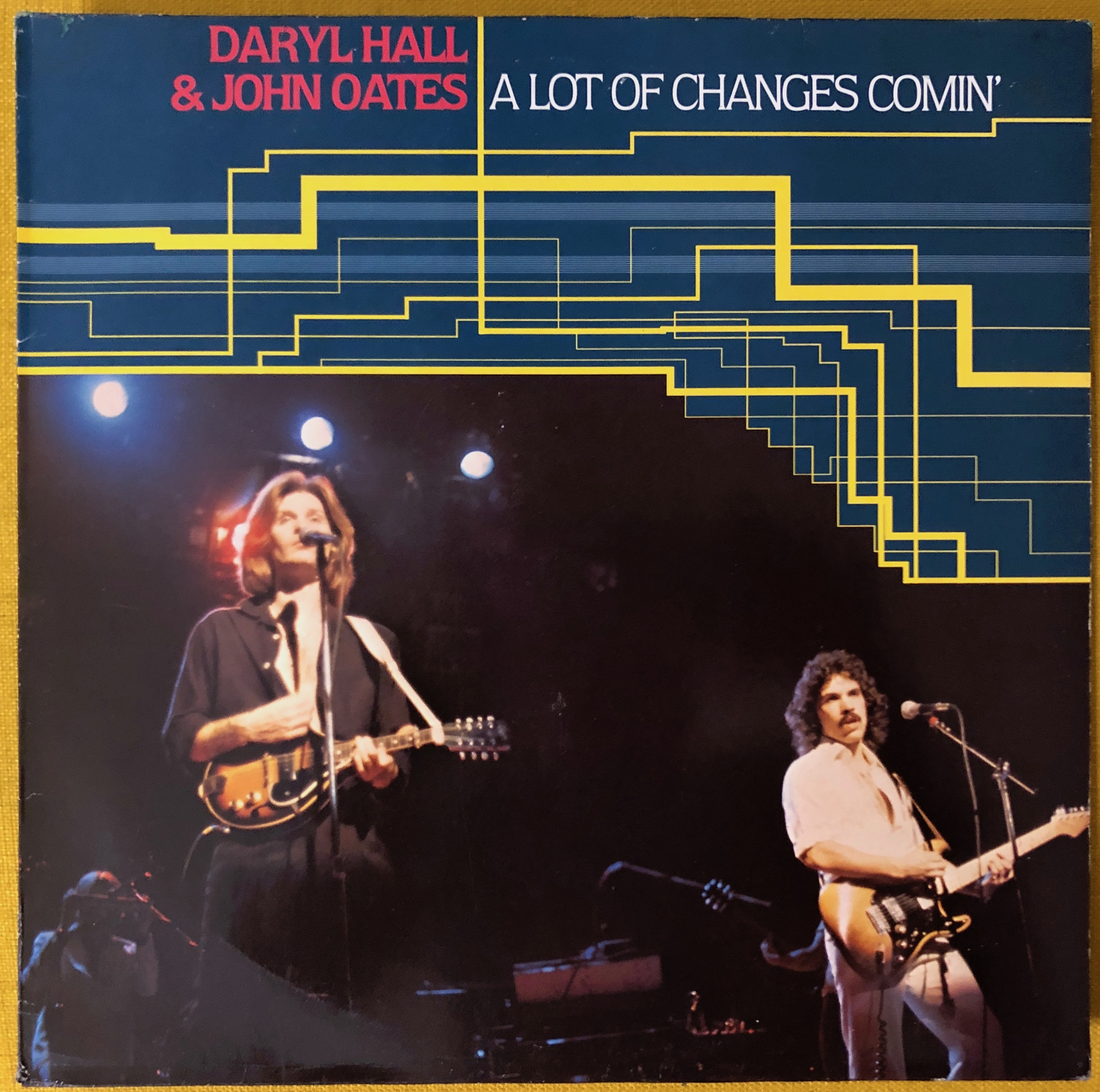 Daryl Hall & John Oates ‎– A Lot Of Changes Comin'